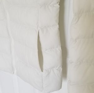 Uniqlo Jackets & Coats - Uniqlo Hooded Light Puffer Jacket